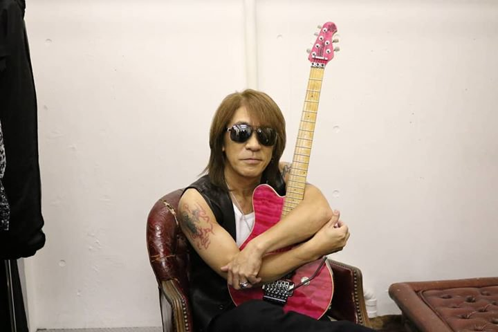 B'z松本孝弘さんのギター発見!紛失経緯・発見場所を推測