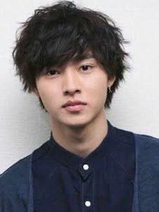 山崎賢人ー髪型