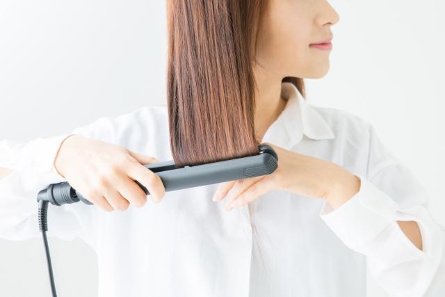 ヘアアイロンで髪が傷まない方法&スタイリング剤オイル使用法を激説
